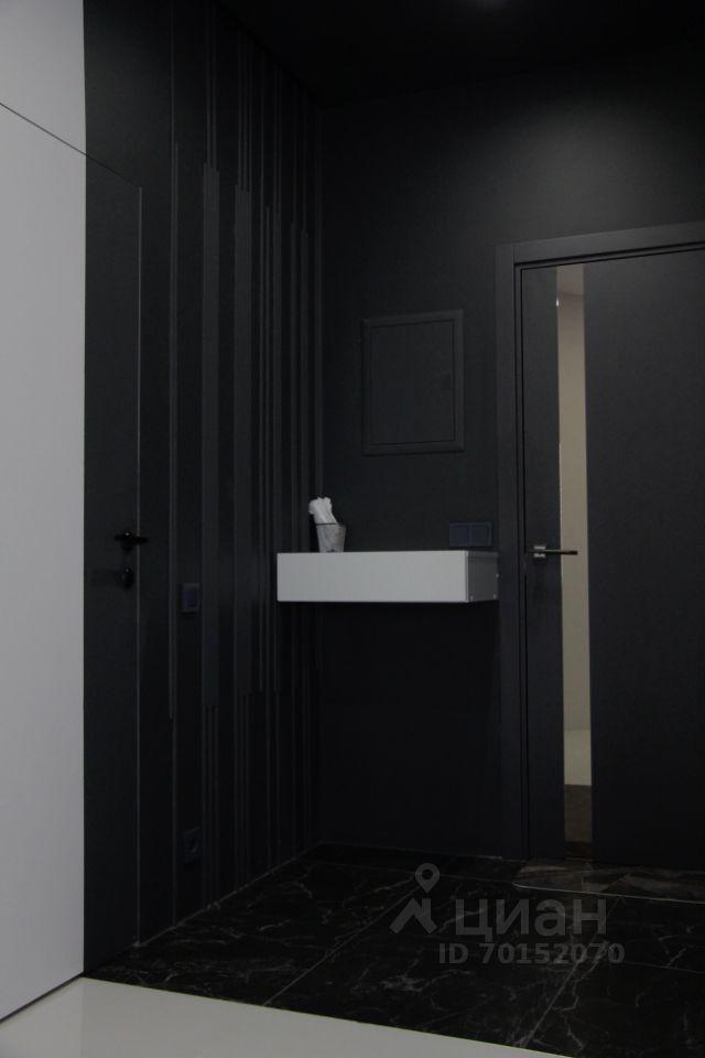 Продажа двухкомнатной квартиры Москва, метро Лесопарковая, Варшавское шоссе 168, цена 13900000 рублей, 2021 год объявление №618503 на megabaz.ru
