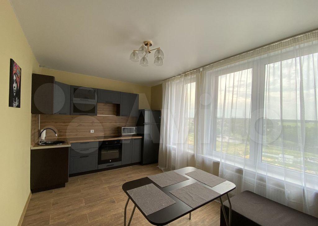 Продажа двухкомнатной квартиры деревня Сапроново, цена 6300000 рублей, 2021 год объявление №619091 на megabaz.ru