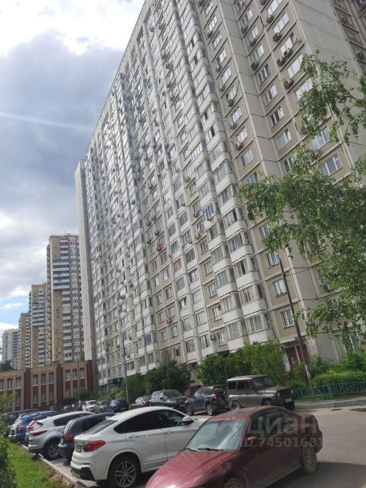 Продажа однокомнатной квартиры Москва, метро Славянский бульвар, улица Герасима Курина 16, цена 11900000 рублей, 2021 год объявление №634565 на megabaz.ru