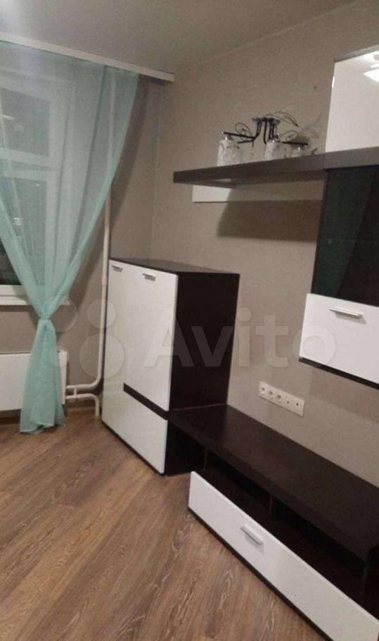 Продажа трёхкомнатной квартиры Люберцы, проспект Гагарина 24к3, цена 9800000 рублей, 2021 год объявление №620358 на megabaz.ru