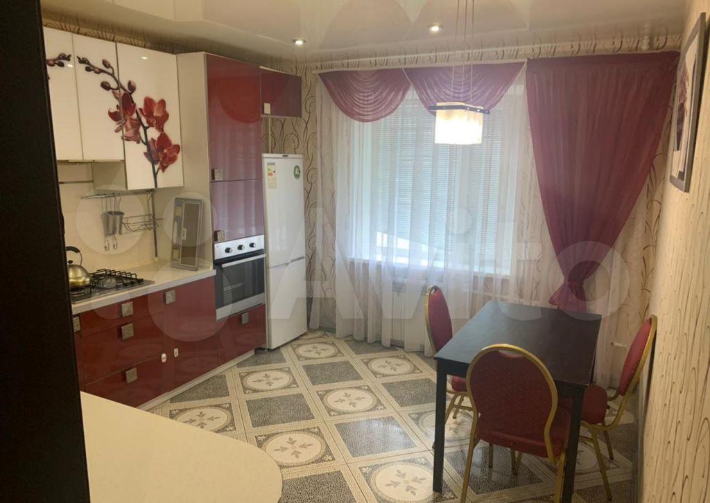 Аренда трёхкомнатной квартиры Волоколамск, Рижское шоссе 35, цена 26000 рублей, 2021 год объявление №1386085 на megabaz.ru