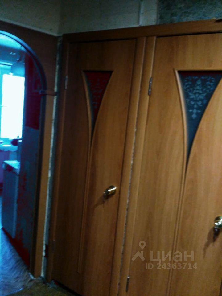 Продажа трёхкомнатной квартиры рабочий посёлок Мишеронский, Советская улица 46, цена 1500000 рублей, 2021 год объявление №619911 на megabaz.ru