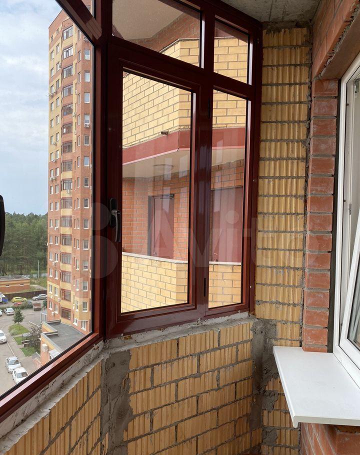 Аренда однокомнатной квартиры деревня Щемилово, улица Орлова 2, цена 22000 рублей, 2021 год объявление №1451346 на megabaz.ru