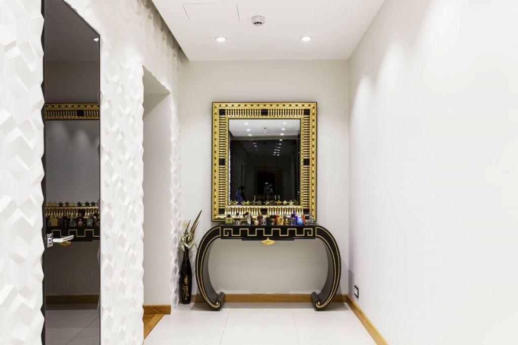 Продажа пятикомнатной квартиры Москва, метро Смоленская, улица Новый Арбат 32, цена 279000000 рублей, 2021 год объявление №632532 на megabaz.ru