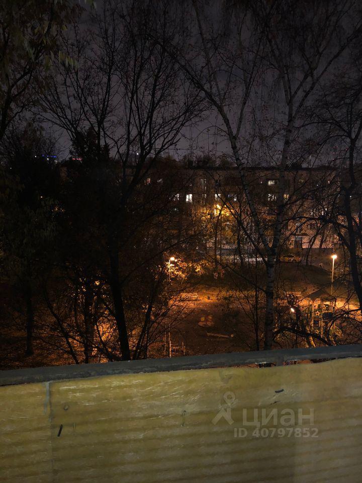 Аренда однокомнатной квартиры Москва, метро Кунцевская, Аминьевское шоссе 22, цена 33000 рублей, 2021 год объявление №1403161 на megabaz.ru