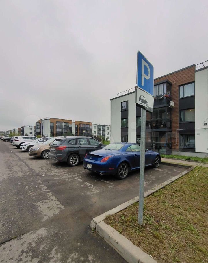Продажа двухкомнатной квартиры деревня Красный Поселок, улица Фадеева 12, цена 6970000 рублей, 2021 год объявление №676769 на megabaz.ru