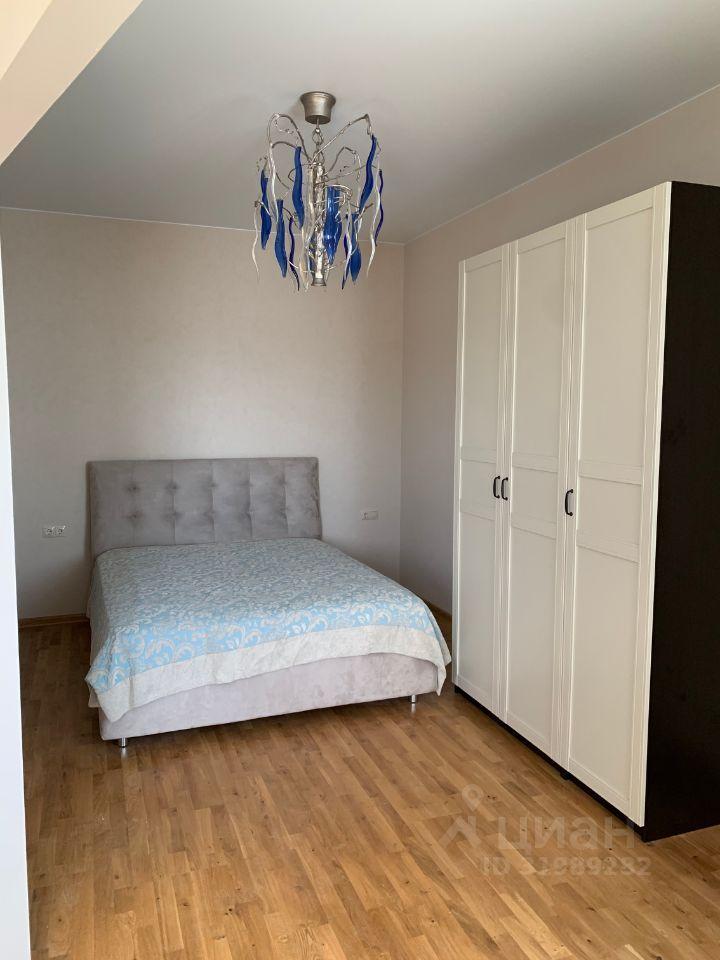Аренда двухкомнатной квартиры поселок Ильинское-Усово, проезд Александра Невского 3, цена 49000 рублей, 2021 год объявление №1417463 на megabaz.ru