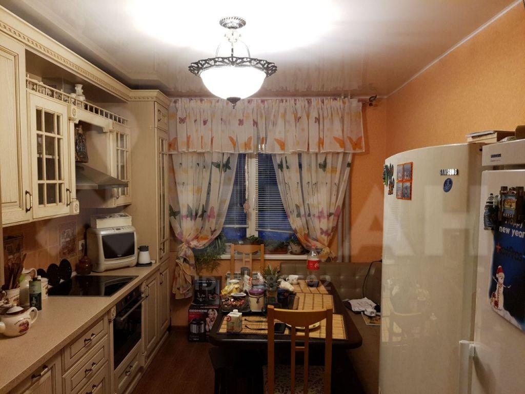 Продажа трёхкомнатной квартиры поселок Володарского, улица Елохова Роща 4, цена 5500000 рублей, 2020 год объявление №402911 на megabaz.ru
