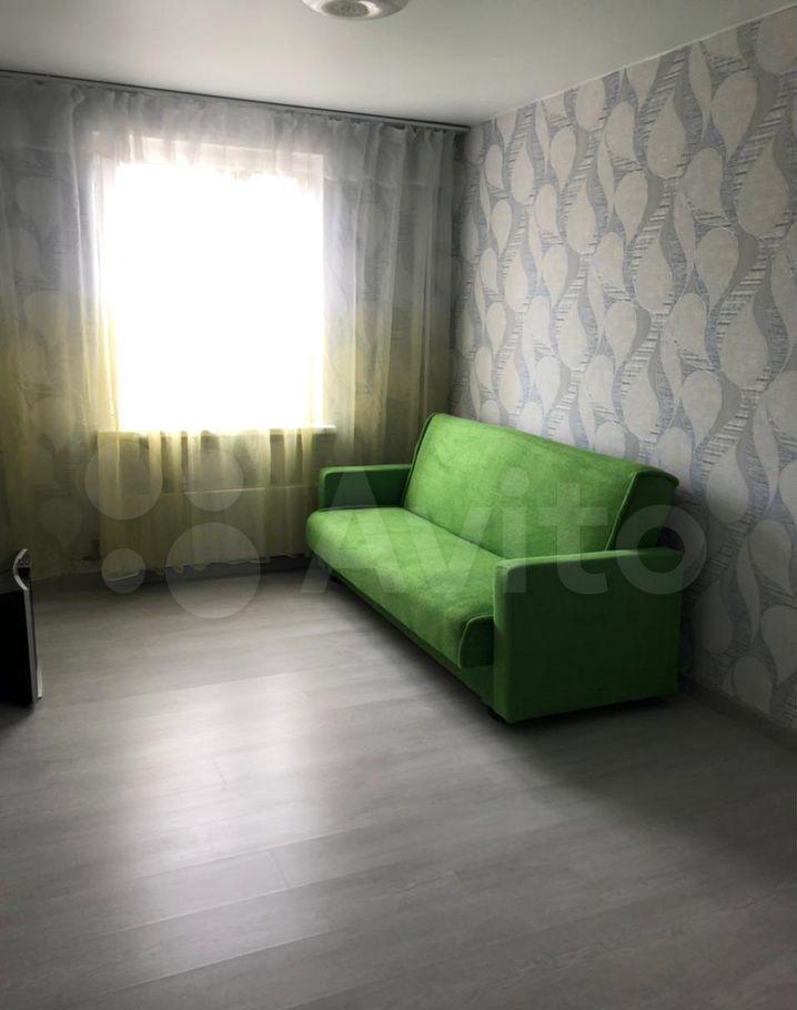 Аренда трёхкомнатной квартиры деревня Малые Вязёмы, цена 40000 рублей, 2021 год объявление №1397116 на megabaz.ru