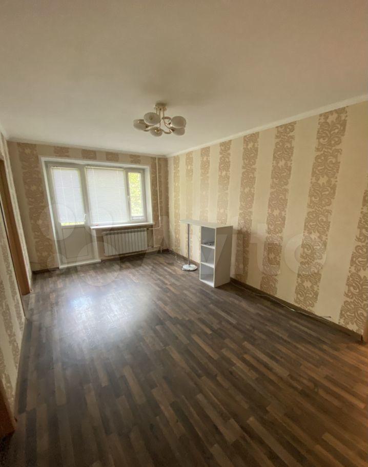 Аренда трёхкомнатной квартиры поселок Знамя Октября, цена 31000 рублей, 2021 год объявление №1430800 на megabaz.ru
