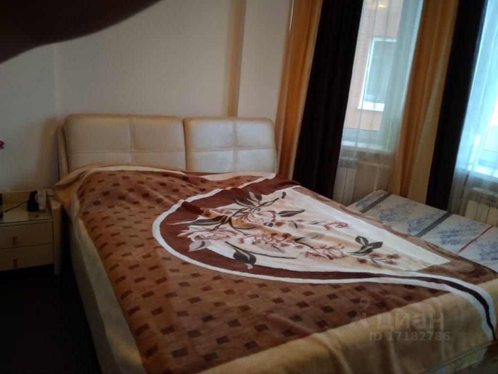 Аренда двухкомнатной квартиры село Успенское, Учительская улица 34, цена 40000 рублей, 2021 год объявление №1404514 на megabaz.ru
