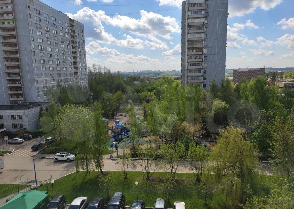 Аренда трёхкомнатной квартиры рабочий поселок Новоивановское, улица Агрохимиков 2, цена 42000 рублей, 2021 год объявление №1397845 на megabaz.ru