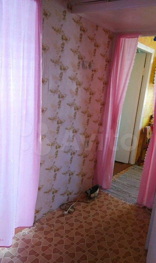 Продажа двухкомнатной квартиры рабочий посёлок Мишеронский, Советская улица 44, цена 950000 рублей, 2021 год объявление №619639 на megabaz.ru