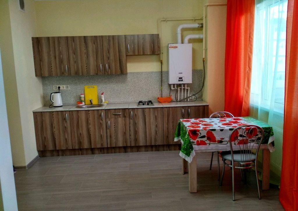 Аренда двухкомнатной квартиры деревня Чёрная, Садовая улица 15, цена 25000 рублей, 2021 год объявление №1031127 на megabaz.ru