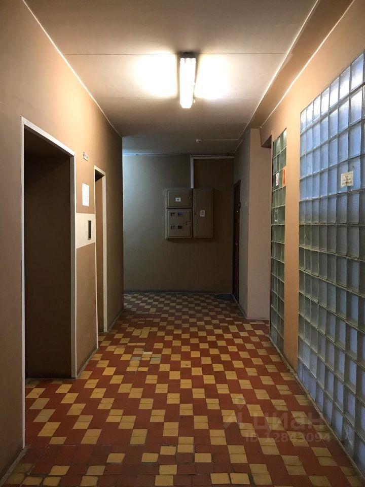 Аренда однокомнатной квартиры Москва, метро Кропоткинская, Гагаринский переулок 21, цена 65000 рублей, 2021 год объявление №1388056 на megabaz.ru