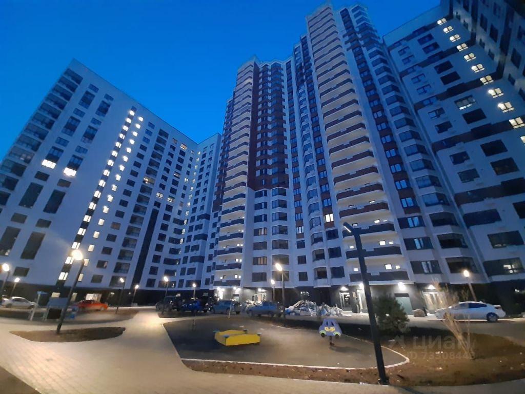 Продажа двухкомнатной квартиры поселок Битца, метро Бульвар Дмитрия Донского, Южный бульвар 4, цена 9490000 рублей, 2021 год объявление №623147 на megabaz.ru