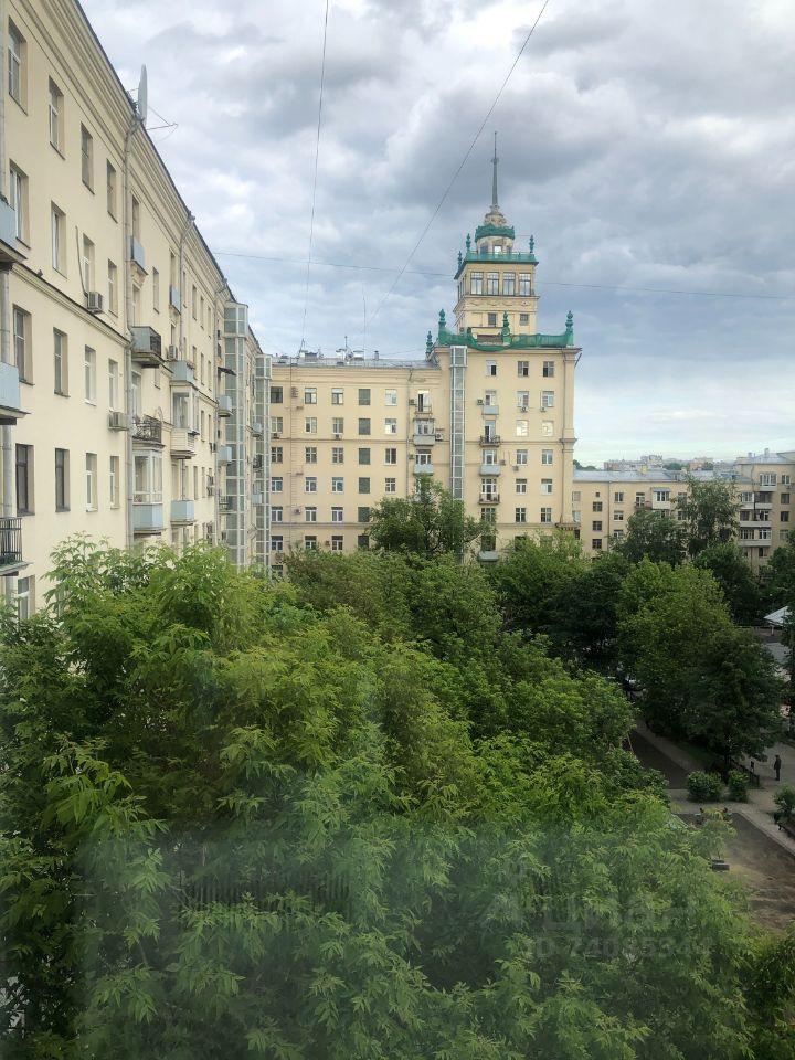 Продажа двухкомнатной квартиры Москва, метро Фрунзенская, Фрунзенская набережная 24, цена 45000000 рублей, 2021 год объявление №630560 на megabaz.ru