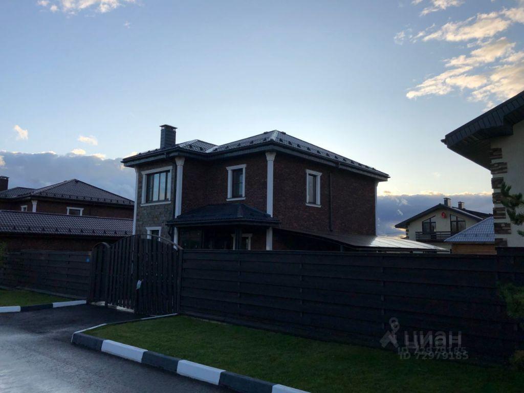 Продажа дома деревня Пятница, Озёрная улица 15, цена 15500000 рублей, 2021 год объявление №618528 на megabaz.ru