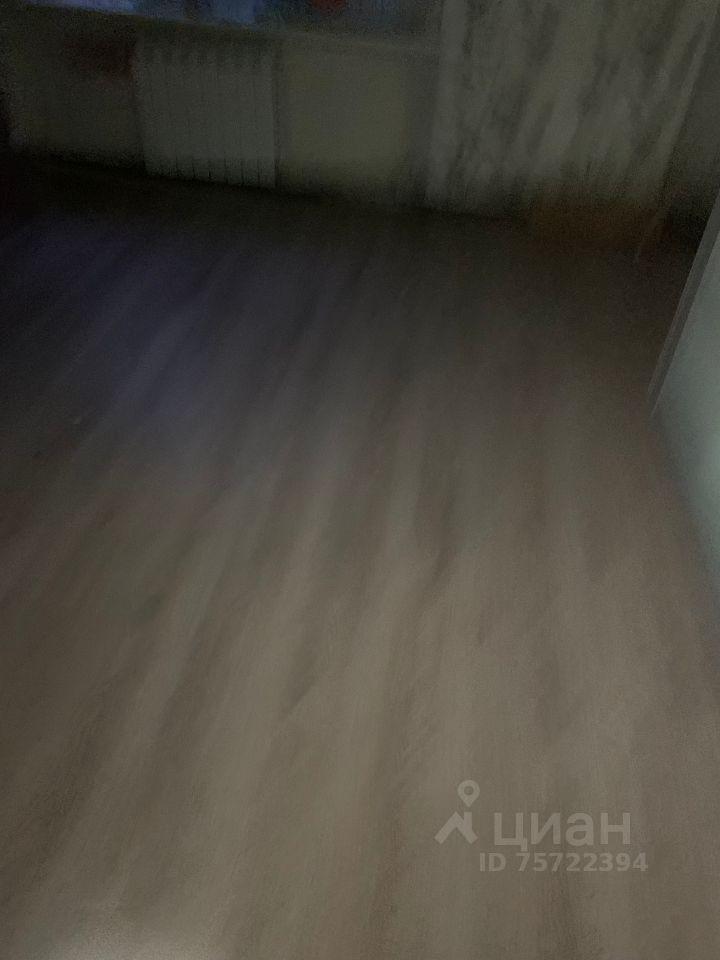 Продажа комнаты Электросталь, метро Курская, Первомайская улица 30, цена 1050000 рублей, 2021 год объявление №644359 на megabaz.ru