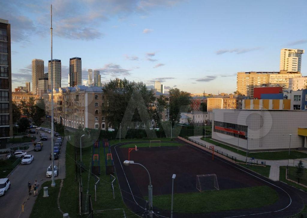 Продажа двухкомнатной квартиры Москва, метро Багратионовская, 3-я Филёвская улица 8к4, цена 18600000 рублей, 2021 год объявление №682067 на megabaz.ru