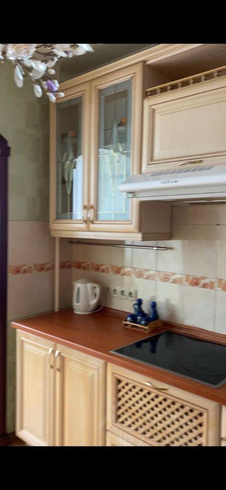 Аренда однокомнатной квартиры поселок Володарского, улица Елохова Роща 8, цена 23000 рублей, 2021 год объявление №1408360 на megabaz.ru