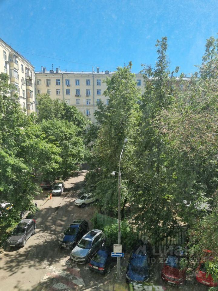 Продажа двухкомнатной квартиры Москва, метро Университет, Ломоносовский проспект 18, цена 22100000 рублей, 2021 год объявление №631406 на megabaz.ru