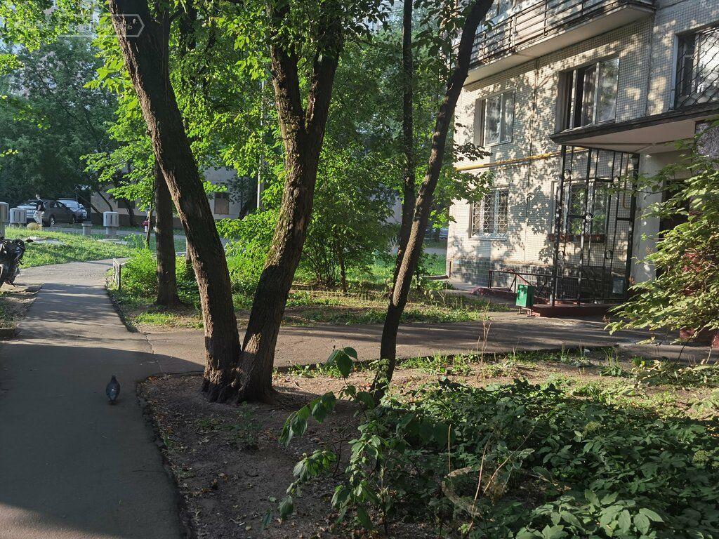 Продажа трёхкомнатной квартиры Москва, метро Октябрьское поле, Тепличный переулок 7, цена 18000000 рублей, 2021 год объявление №648710 на megabaz.ru