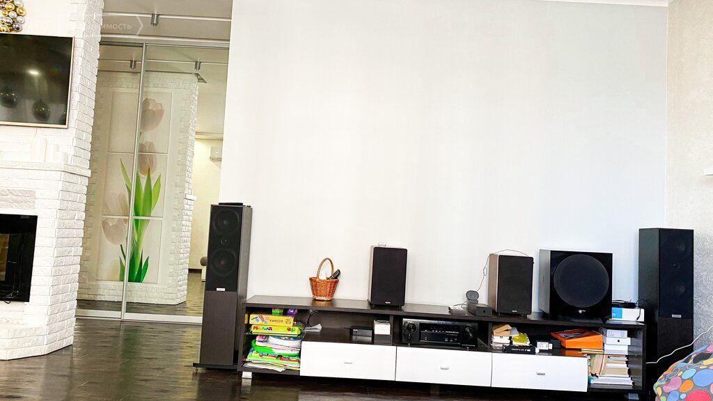 Продажа двухкомнатной квартиры дачный посёлок Лесной Городок, Фасадная улица 2к2, цена 14800000 рублей, 2021 год объявление №633901 на megabaz.ru