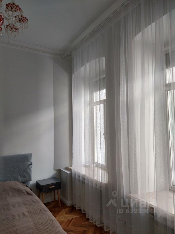 Аренда пятикомнатной квартиры Москва, метро Чеховская, Тверская улица 12с8, цена 250000 рублей, 2021 год объявление №1403392 на megabaz.ru