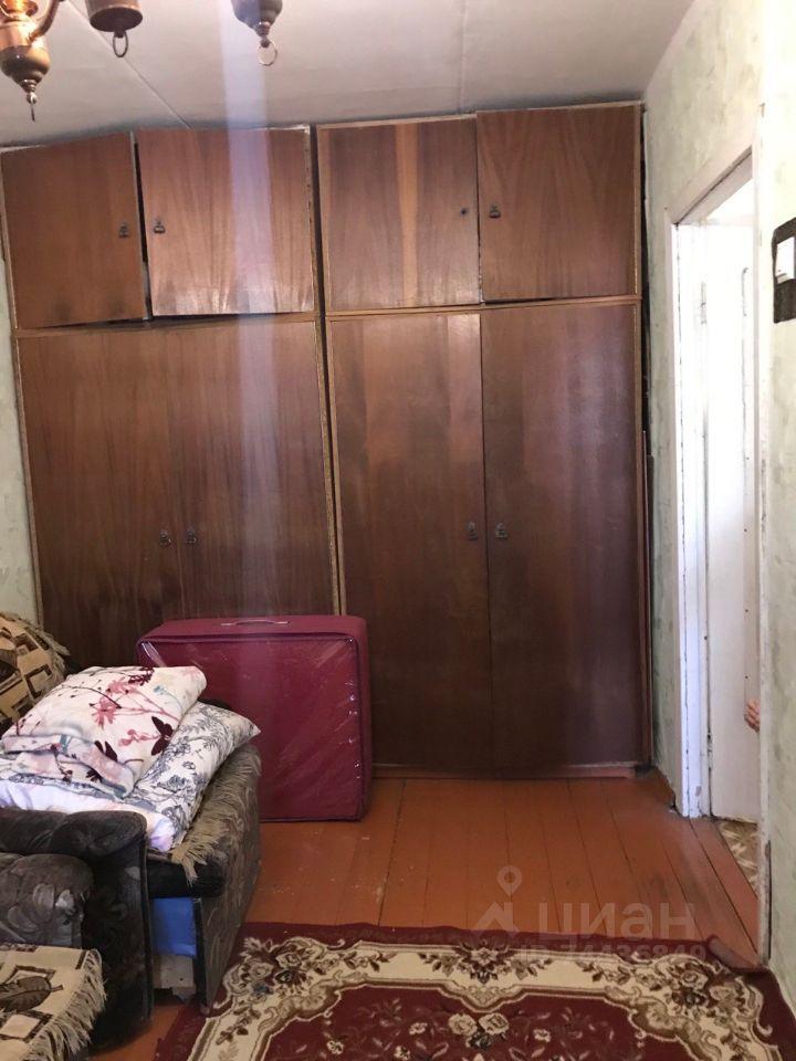 Продажа двухкомнатной квартиры поселок Шарапова Охота, Школьная улица 4, цена 2100000 рублей, 2021 год объявление №633911 на megabaz.ru