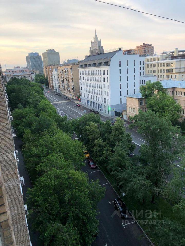 Аренда двухкомнатной квартиры Москва, метро Киевская, улица Плющиха 42, цена 100000 рублей, 2021 год объявление №1412858 на megabaz.ru