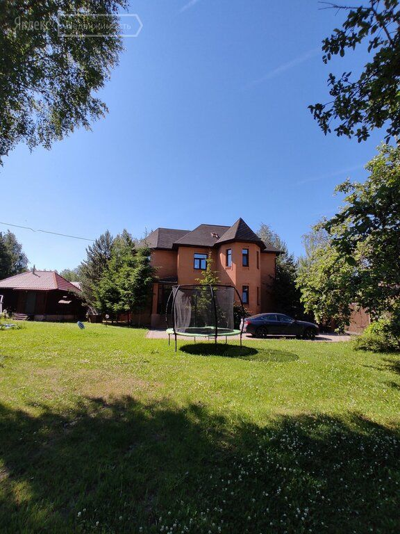 Продажа дома деревня Бережки, цена 32000000 рублей, 2021 год объявление №640880 на megabaz.ru