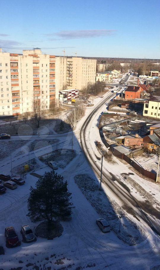 Аренда однокомнатной квартиры поселок Большевик, улица Ленина 114, цена 30000 рублей, 2021 год объявление №1404827 на megabaz.ru