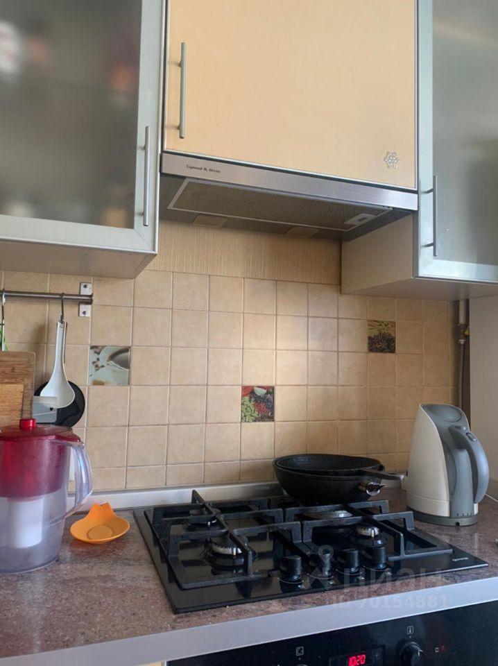 Аренда двухкомнатной квартиры рабочий посёлок Калининец, цена 25000 рублей, 2021 год объявление №1419071 на megabaz.ru