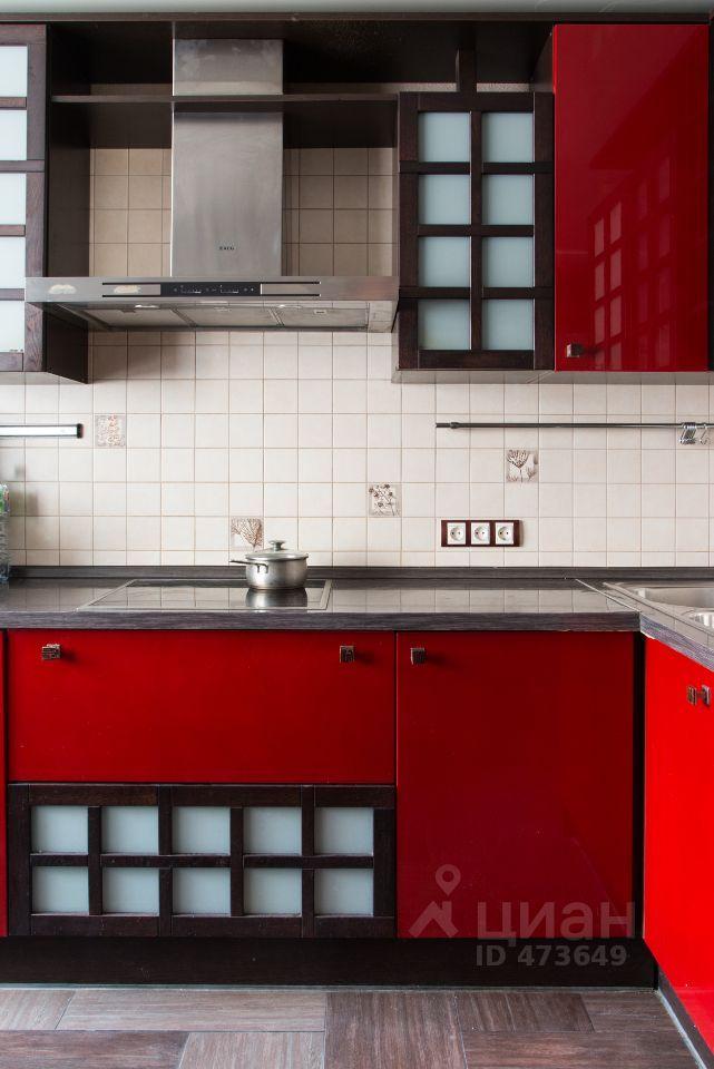 Аренда двухкомнатной квартиры рабочий посёлок Нахабино, Новая Лесная улица 7, цена 34000 рублей, 2021 год объявление №1405310 на megabaz.ru