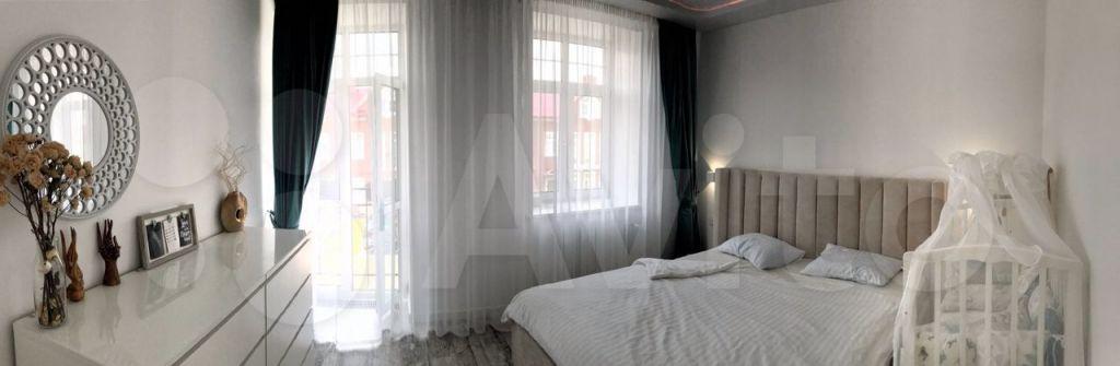 Аренда дома деревня Красный Поселок, Английский бульвар 120, цена 170000 рублей, 2021 год объявление №1468082 на megabaz.ru
