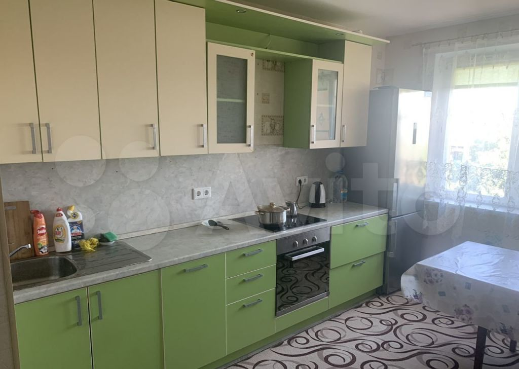 Аренда четырёхкомнатной квартиры поселок Володарского, Зелёная улица 43, цена 40000 рублей, 2021 год объявление №1411720 на megabaz.ru