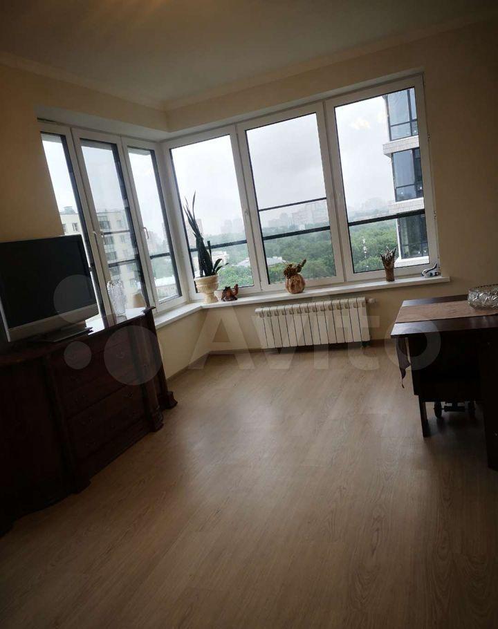 Продажа трёхкомнатной квартиры Москва, метро Кунцевская, Гжатская улица 5к7, цена 28000000 рублей, 2021 год объявление №636064 на megabaz.ru