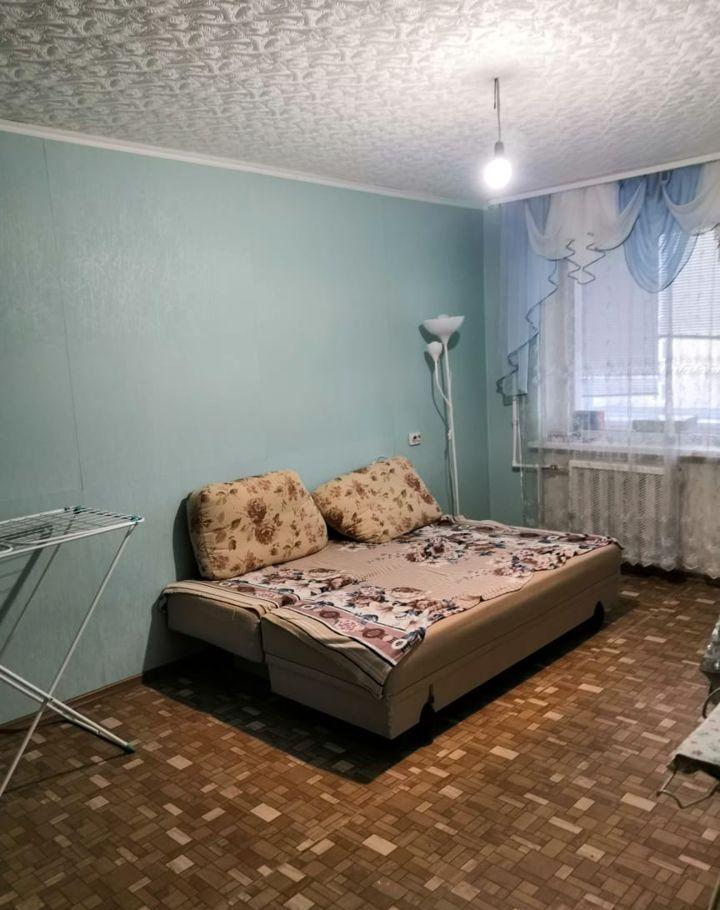 Аренда однокомнатной квартиры поселок Большевик, Молодёжная улица 9А, цена 14000 рублей, 2020 год объявление №1068725 на megabaz.ru