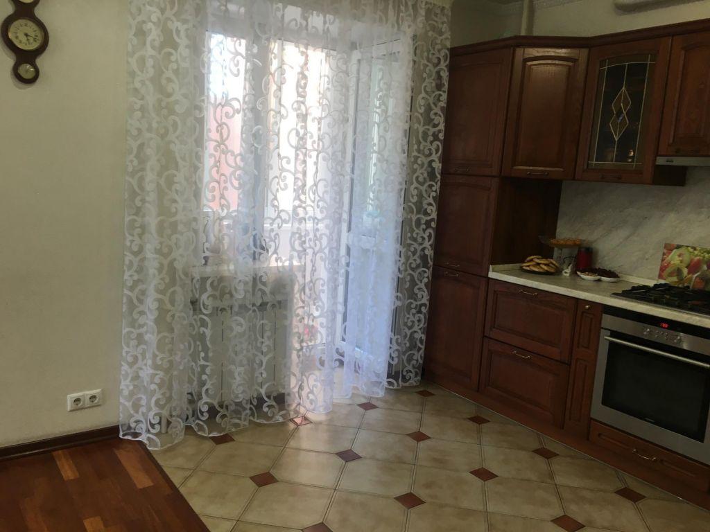 Аренда трёхкомнатной квартиры дачный посёлок Лесной Городок, Фасадная улица 3, цена 40000 рублей, 2021 год объявление №1152275 на megabaz.ru