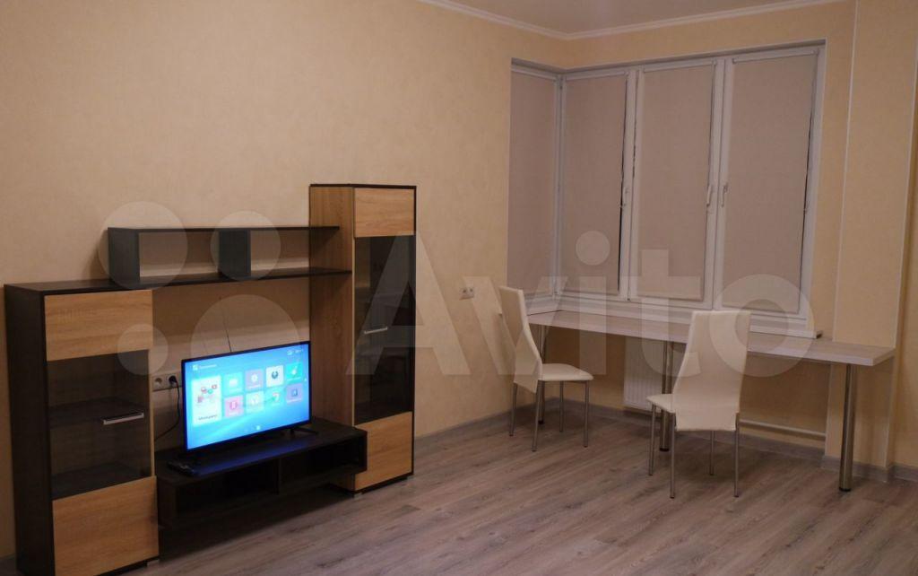 Аренда однокомнатной квартиры Королёв, Пионерская улица 30к7, цена 28000 рублей, 2021 год объявление №1408879 на megabaz.ru