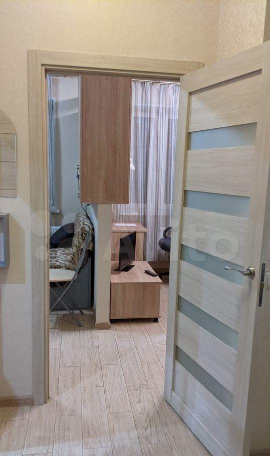Аренда однокомнатной квартиры деревня Щемилово, улица Орлова 26, цена 27000 рублей, 2021 год объявление №1460500 на megabaz.ru