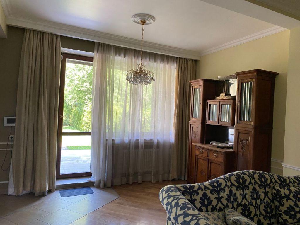 Продажа дома Красногорск, Опалиховский переулок 1, цена 30000000 рублей, 2021 год объявление №638607 на megabaz.ru