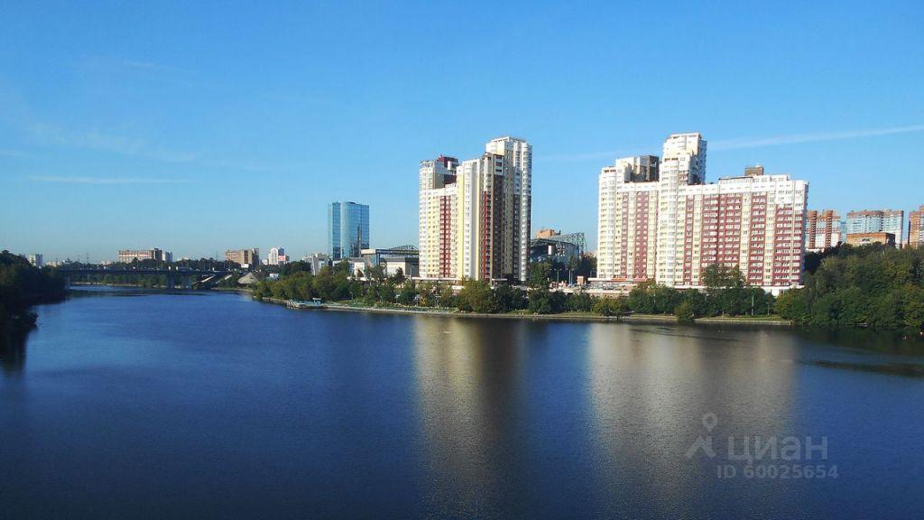 Продажа однокомнатной квартиры Химки, улица Ватутина 4к1, цена 8800000 рублей, 2021 год объявление №638114 на megabaz.ru