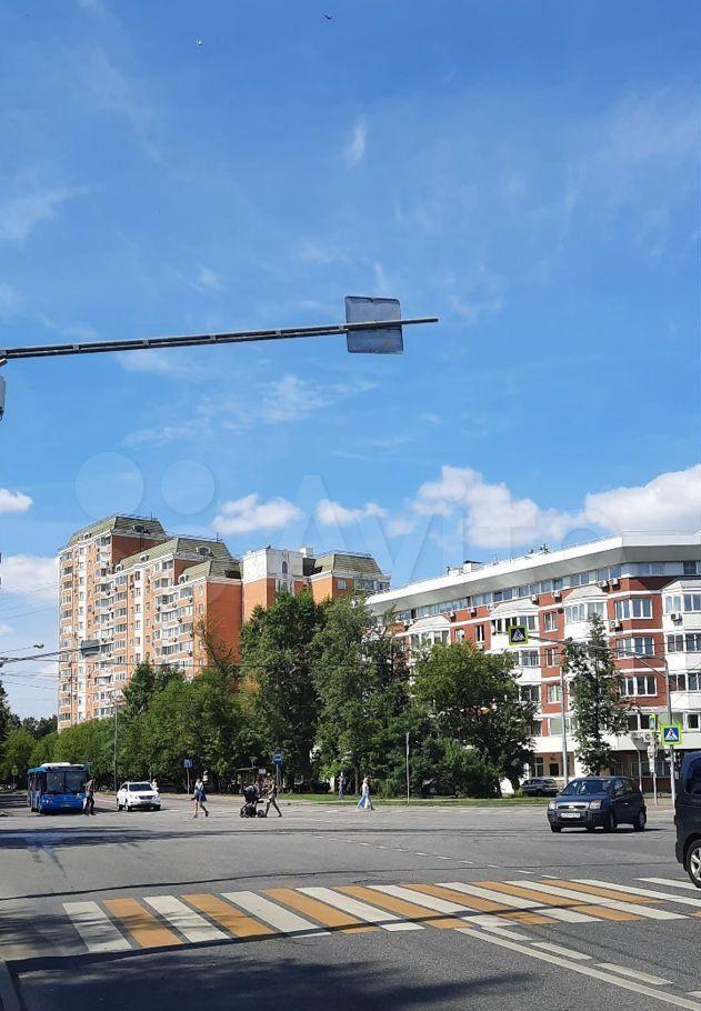 Продажа однокомнатной квартиры Москва, метро Фили, Новозаводская улица 8к3, цена 13500000 рублей, 2021 год объявление №655479 на megabaz.ru