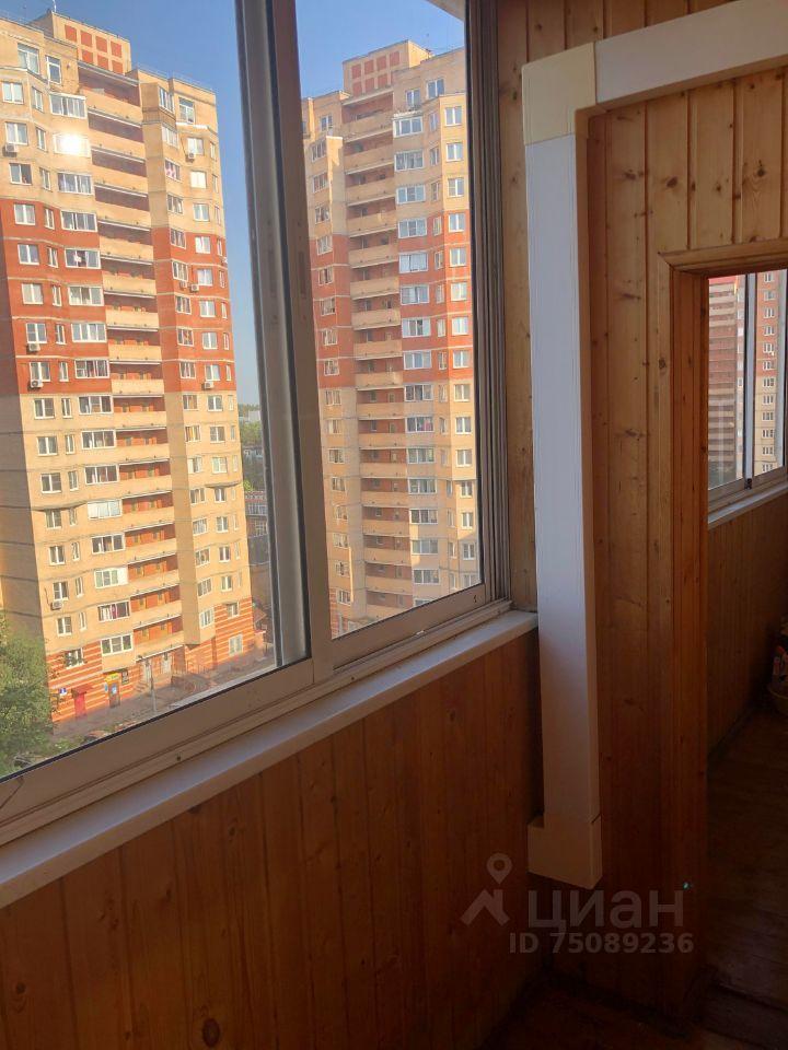 Аренда двухкомнатной квартиры рабочий посёлок Нахабино, Институтская улица 8А, цена 35000 рублей, 2021 год объявление №1409399 на megabaz.ru