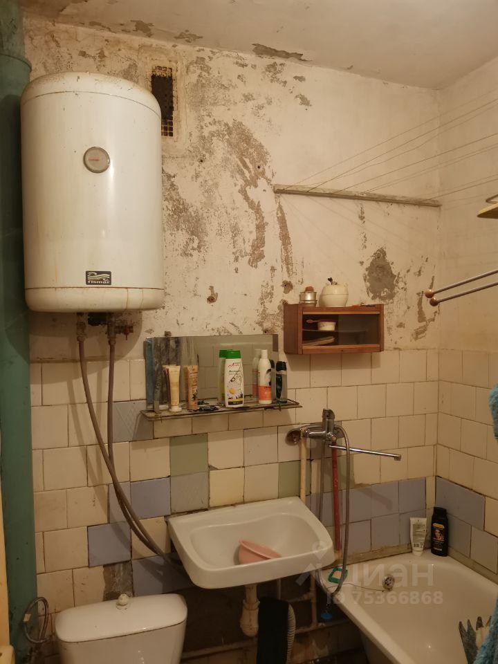 Продажа однокомнатной квартиры поселок Колюбакино, улица Попова 16, цена 1550000 рублей, 2021 год объявление №641489 на megabaz.ru