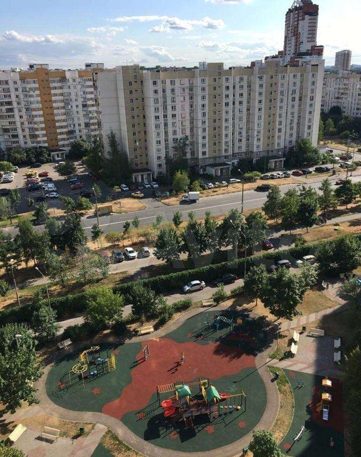 Аренда однокомнатной квартиры Москва, метро Жулебино, Саранская улица 7, цена 35000 рублей, 2021 год объявление №1433365 на megabaz.ru