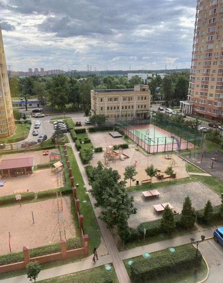 Аренда однокомнатной квартиры поселок ВНИИССОК, улица Михаила Кутузова 5, цена 32000 рублей, 2021 год объявление №1435364 на megabaz.ru
