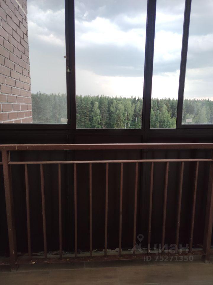 Аренда двухкомнатной квартиры деревня Малые Вязёмы, цена 23000 рублей, 2021 год объявление №1410853 на megabaz.ru